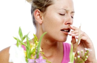 Причины появления кисты в носовой пазухе